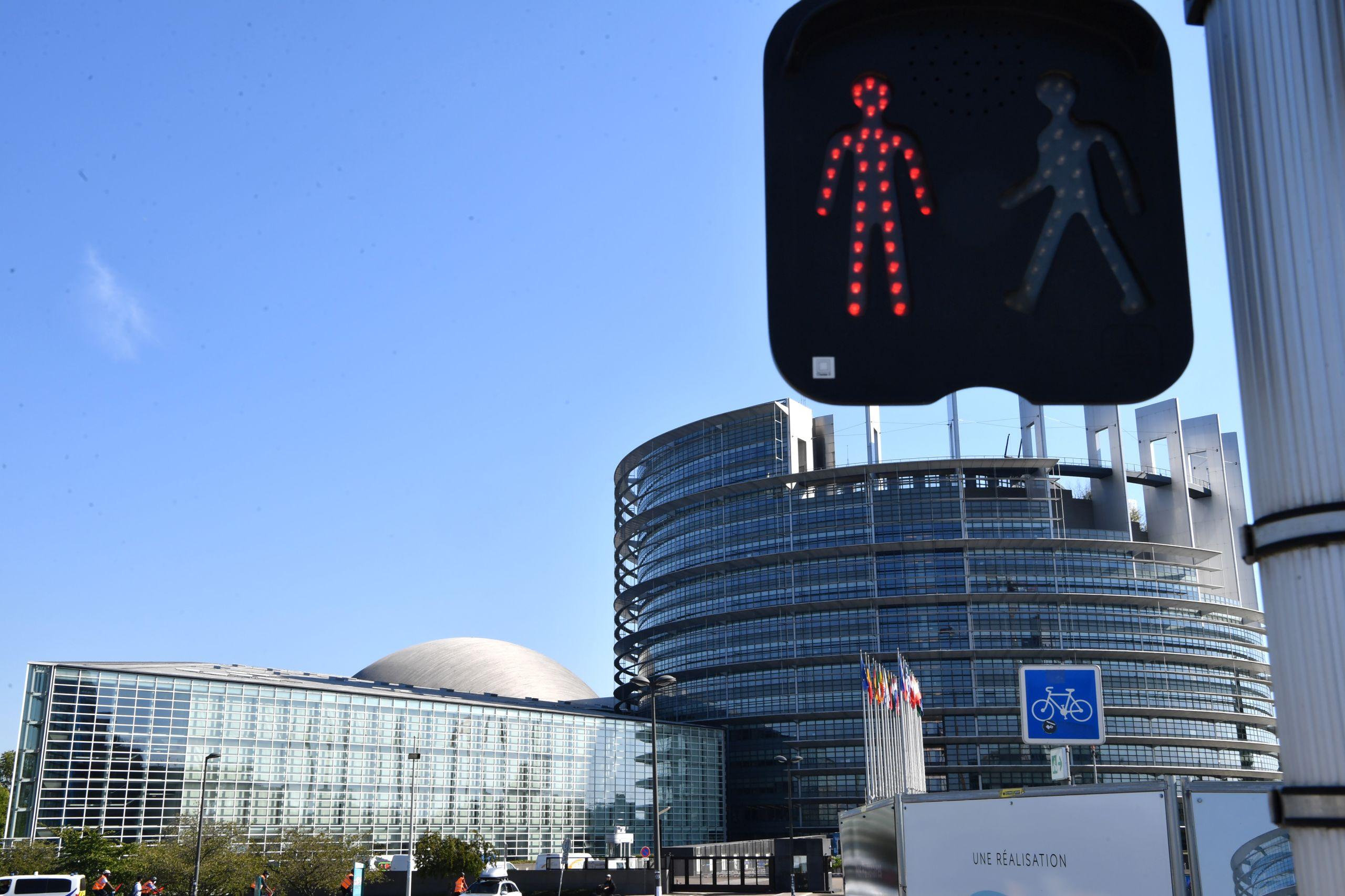 Calendrier Session Parlementaire Strasbourg 2021 Politique. Siège du Parlement européen à Strasbourg : la crise
